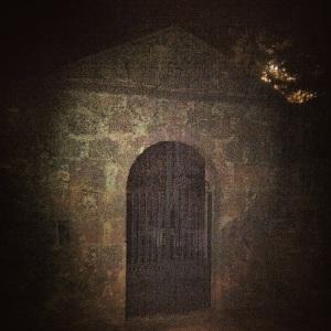 Pórtico del cementerio antiguo de Artenara