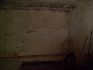 Habitáculo en el interior del cementerio antiguo de Artenara